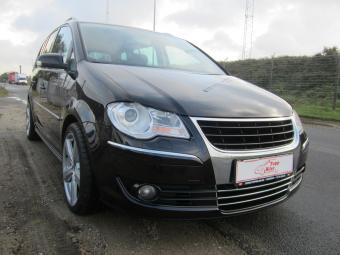 VW-Touran-2%2C0-TDi-170-Highline-DSG-7prs
